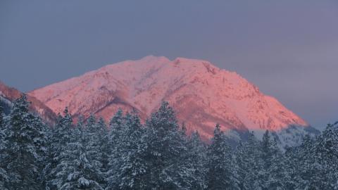 Mazama Sunrise 12 18 2012