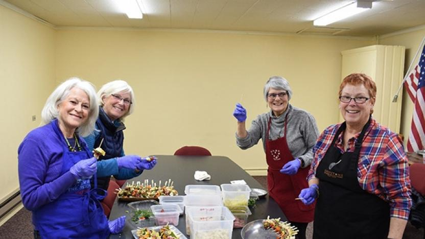 Volunteer Opportunities for Our Holiday Community Dinner