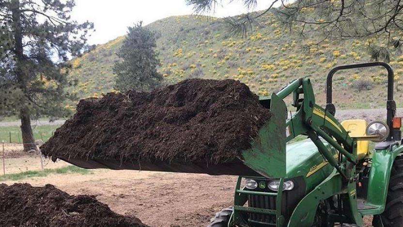 Composting with Casey Smith:  Prepping Your Piles for Winter